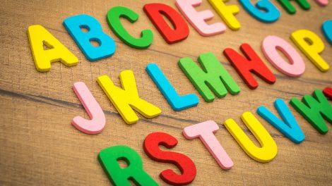 英語塾の開業に必要なもの|アピールできる資格やスキル・開業の手順や注意点も紹介